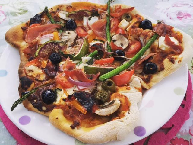 Trios-Catering-Wedding-Menus---Wood-Fired-Pizza